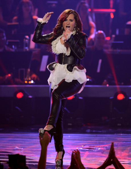 """Leather Jacket「Fox's """"American Idol 2012"""" Finale - Results Show - Show」:写真・画像(9)[壁紙.com]"""