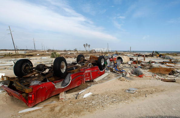 Gilchrist - Texas「Coastal Texas Faces Heavy Damage After Hurricane Ike」:写真・画像(4)[壁紙.com]