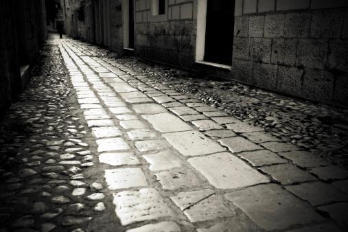 Boulevard「Lonely dark alley」:スマホ壁紙(13)