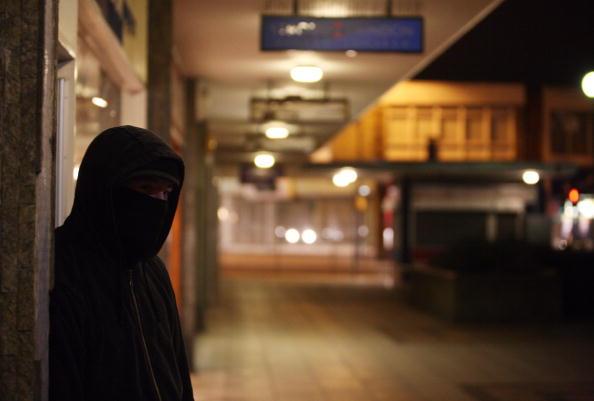 Grounds「Government Unveils Respect Zones To Combat Anti Social Behavior」:写真・画像(6)[壁紙.com]