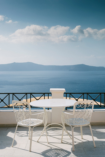 Aegean Sea「Overlooking the caldera, Santorini」:スマホ壁紙(7)