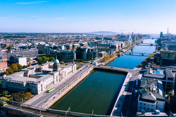 Dublin aerial view with Liffey river and Custom House:スマホ壁紙(壁紙.com)