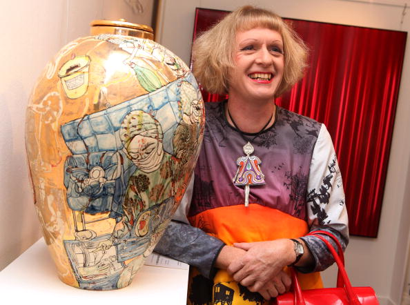 Ceramics「Grayson Perry Unveils Urn For A Living Charity Sale」:写真・画像(12)[壁紙.com]