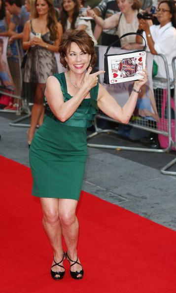 "Wristwatch「""Diana"" - World Premiere - Red Carpet Arrivals」:写真・画像(16)[壁紙.com]"