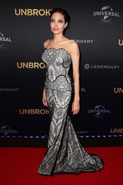 "Long Dress「""UNBROKEN"" World Premiere - Arrivals」:写真・画像(7)[壁紙.com]"