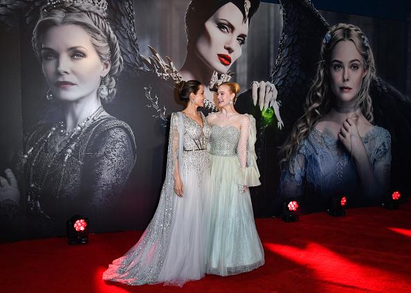 "Elle Fanning「European Premiere Of ""Maleficent: Mistress of Evil""」:写真・画像(2)[壁紙.com]"