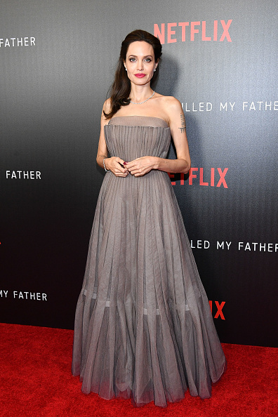 "Angelina Jolie「""First They Killed My Father"" New York Premiere」:写真・画像(16)[壁紙.com]"