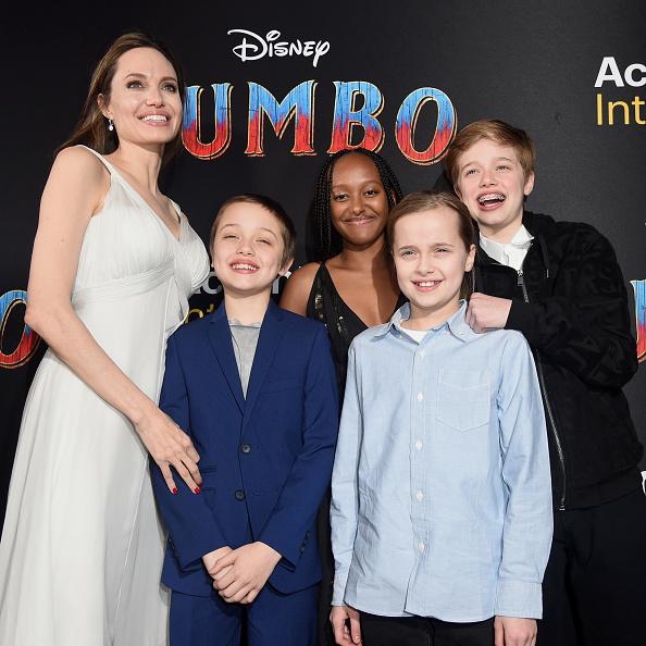 "Angelina Jolie「Premiere Of Disney's ""Dumbo"" - Red Carpet」:写真・画像(16)[壁紙.com]"