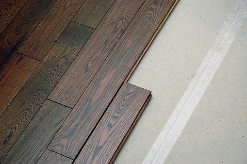 Wood Laminate Flooring「Hardwood floor in the installation process」:スマホ壁紙(19)
