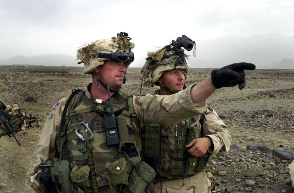 Taliban「U.S. Troops Hunt Al Qaida In Afghanistan」:写真・画像(13)[壁紙.com]