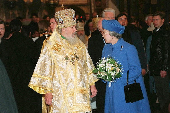 Visit「Patriarch Alexy II of Moscow and Queen Elizabeth II...」:写真・画像(11)[壁紙.com]