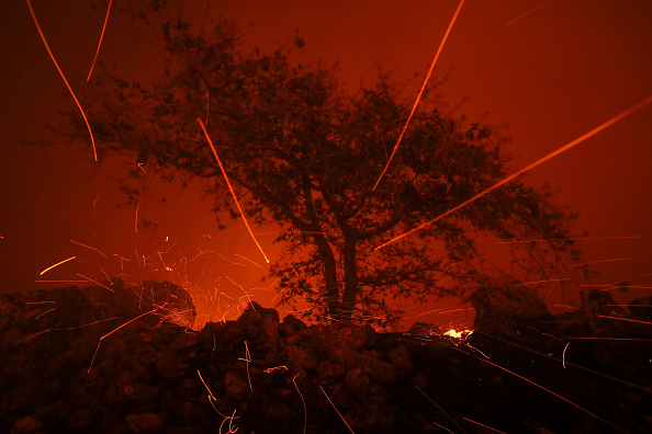 Bestpix「Evacuations Issued For Parts of Sonoma County As Kincade Fire Spreads」:写真・画像(19)[壁紙.com]