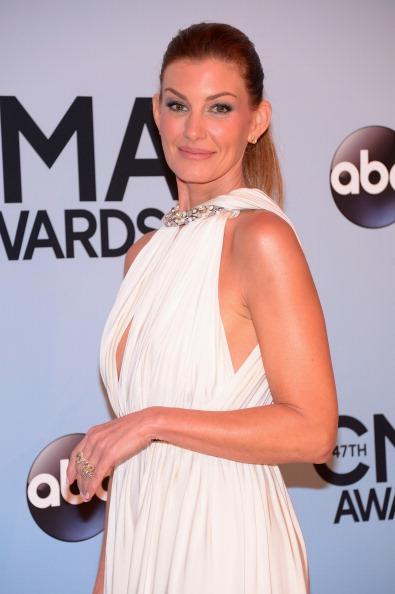 Michael Loccisano「47th Annual CMA Awards - Arrivals」:写真・画像(8)[壁紙.com]