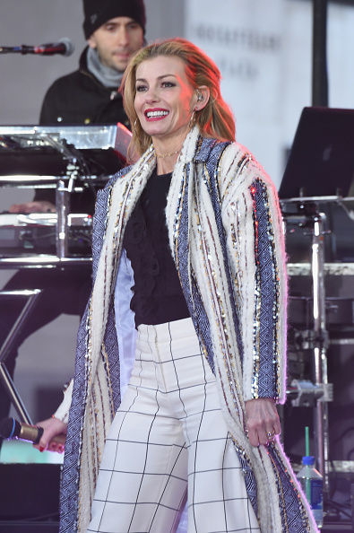 Checked Pants「Tim McGraw & Faith Hill Perform On NBC's Today」:写真・画像(10)[壁紙.com]
