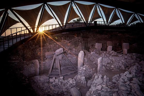 Archaeology「Tourists Visit Site Of The World's Oldest Structures At Gobekli Tepe」:写真・画像(5)[壁紙.com]