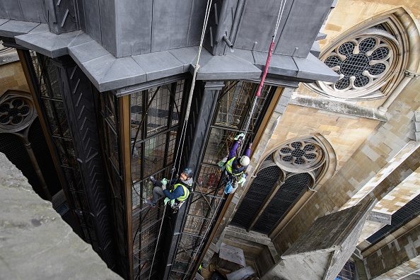 New「Window Cleaning Takes Place At The New Triforium At Westminster Abbey」:写真・画像(10)[壁紙.com]