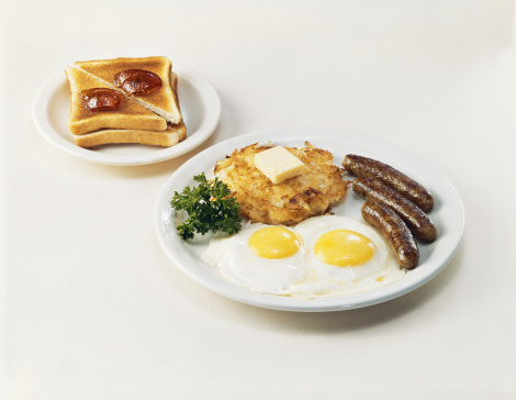 1967「Fried Egg, sausage, meat garnished with butter parsley while toasted bread on other plate」:スマホ壁紙(3)
