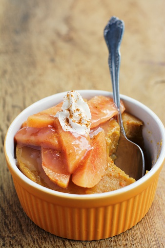 カリン「Pumpkin custard with slices of quince, garnished with non-dairy whipped topping」:スマホ壁紙(10)