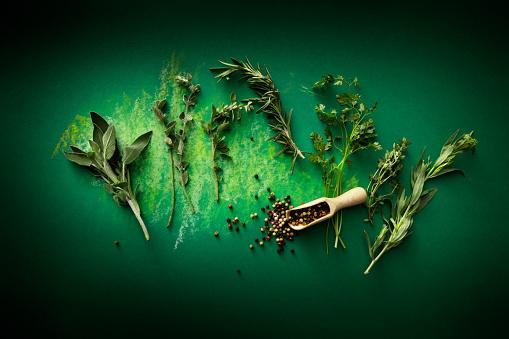 Tarragon「Seasoning: Herbs and Pepper Still Life」:スマホ壁紙(11)