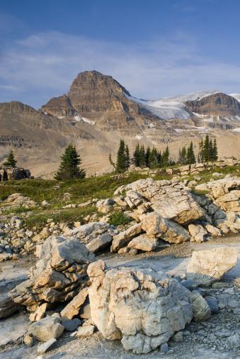 Yoho National Park「Isolated Peak from the Waterfall Valley, Yoho National Park, British Columbia, Canada」:スマホ壁紙(9)