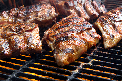 Char-Grilled「Barbecued Pork Baby Back Ribs on Fiery Charcoal Grill」:スマホ壁紙(6)