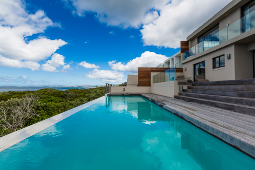 Chalet「Luxury Villa Pool Deck」:スマホ壁紙(11)