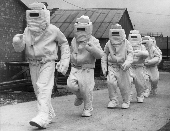 Science「Asbestos Suits」:写真・画像(6)[壁紙.com]