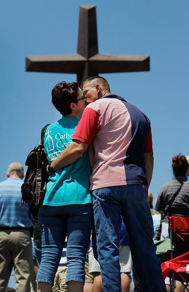 Missouri「Joplin, Missouri Marks One Year Anniversary Of Deadly Tornado」:写真・画像(0)[壁紙.com]