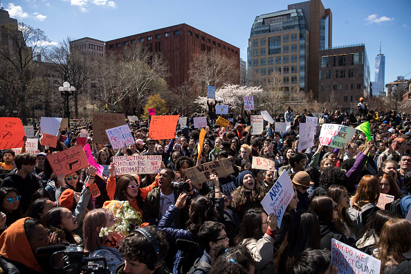 University「Students Across The Country Organize Walkouts In Protest Over Gun Violence」:写真・画像(4)[壁紙.com]