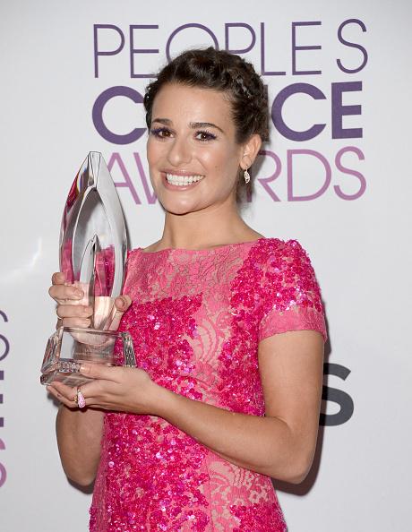 Hot Pink「39th Annual People's Choice Awards - Press Room」:写真・画像(4)[壁紙.com]