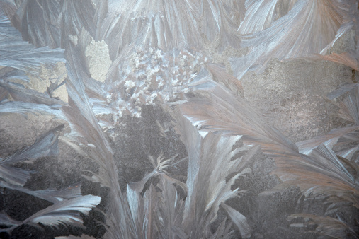 Crystal「Jack Frost ice crystals on a window」:スマホ壁紙(15)
