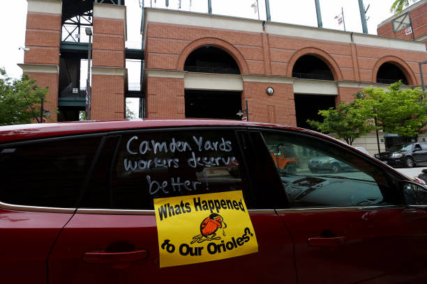 Camden Yards Concession Workers Rally For Unemployment Insurance Benefits:ニュース(壁紙.com)