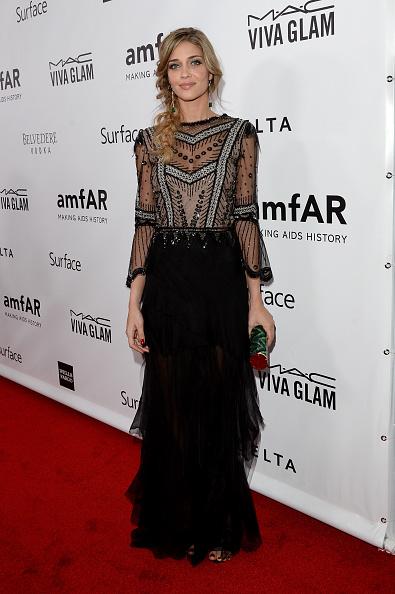Ana Beatriz Barros - Fashion Model「2013 amfAR Inspiration Gala Los Angeles Presented By MAC Viva Glam - Red Carpet」:写真・画像(9)[壁紙.com]