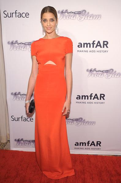 Ana Beatriz Barros - Fashion Model「4th Annual amfAR Inspiration Gala New York - Arrivals」:写真・画像(8)[壁紙.com]