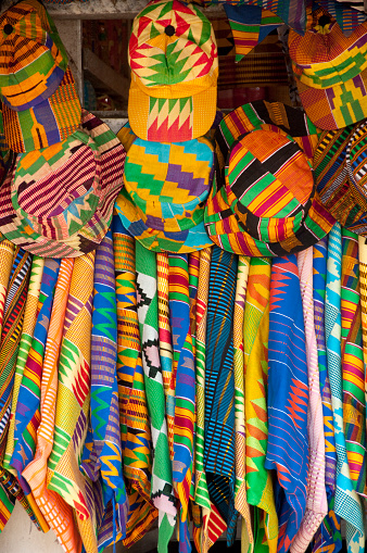 African Culture「Textile and Handicraft Market, colorful West African fabrics, Accra, Ghana」:スマホ壁紙(17)