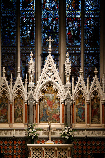 Episcopalian「The East window over the high altar created by Clayton & Bell in 1878. Grace Church Episcopal.」:スマホ壁紙(15)