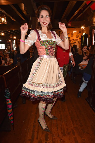 縦位置「Charity Lunch At 'Zur Bratwurst' - Oktoberfest 2017」:写真・画像(14)[壁紙.com]