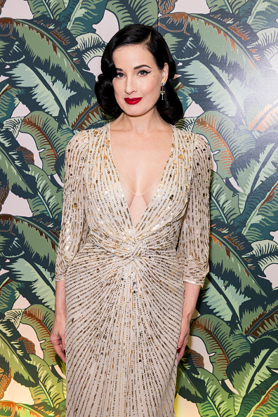 Copper「Dita Von Teese And The Copper Coupe At The Box Soho」:写真・画像(15)[壁紙.com]
