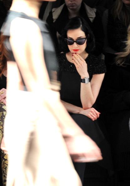 Wristwatch「Jenny Packham - Front Row - Fall 2012 Mercedes-Benz Fashion Week」:写真・画像(14)[壁紙.com]