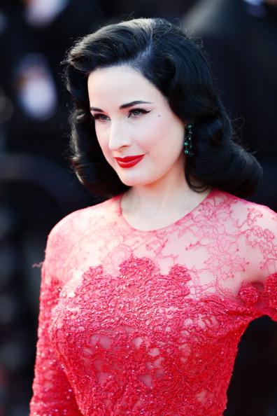 Grand Theatre Lumiere「'Cleopatra' Premiere - The 66th Annual Cannes Film Festival」:写真・画像(3)[壁紙.com]