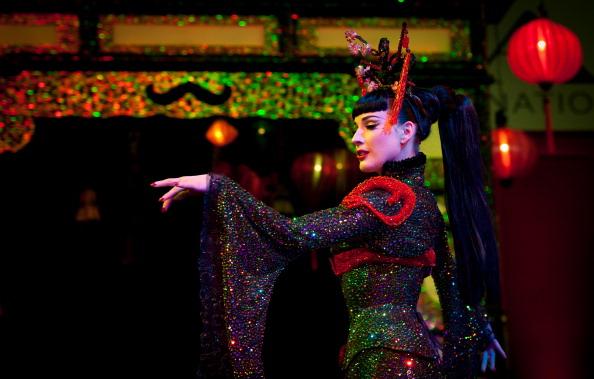 Ian Gavan「Dita Von Teese Unveils 'The Opium Den' At Erotica 2010」:写真・画像(18)[壁紙.com]