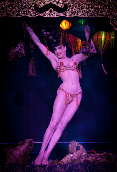 Ian Gavan「Dita Von Teese Unveils 'The Opium Den' At Erotica 2010」:写真・画像(19)[壁紙.com]