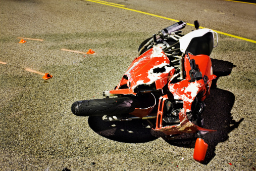 Motorcycle「A motorbike that has been left after an accident」:スマホ壁紙(11)