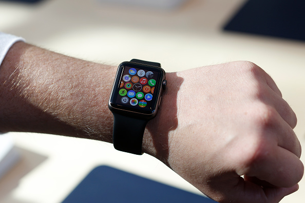 Apple Watch「Apple Previews Its New Watch, As Company Begins To Take Pre-Orders」:写真・画像(7)[壁紙.com]