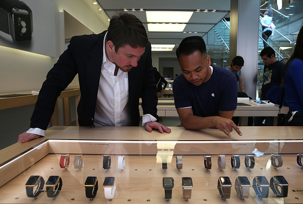 Apple Watch「Apple Watch Available Within Apple Stores」:写真・画像(2)[壁紙.com]