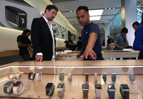 Apple Watch「Apple Watch Available Within Apple Stores」:写真・画像(11)[壁紙.com]