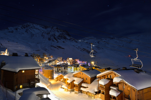 Ski Resort「Val Thorens at night」:スマホ壁紙(17)