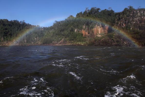 イグアス川「Iguacu Falls A Finalist In New Seven Wonders Of Nature Contest」:写真・画像(3)[壁紙.com]
