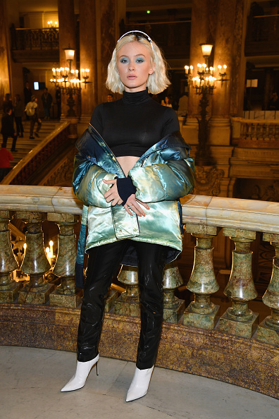 White Boot「Stella McCartney : Front Row - Paris Fashion Week Womenswear Spring/Summer 2019」:写真・画像(3)[壁紙.com]