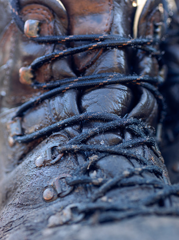Lace - Fastener「wet and muddy outdoor hiking boot」:スマホ壁紙(4)